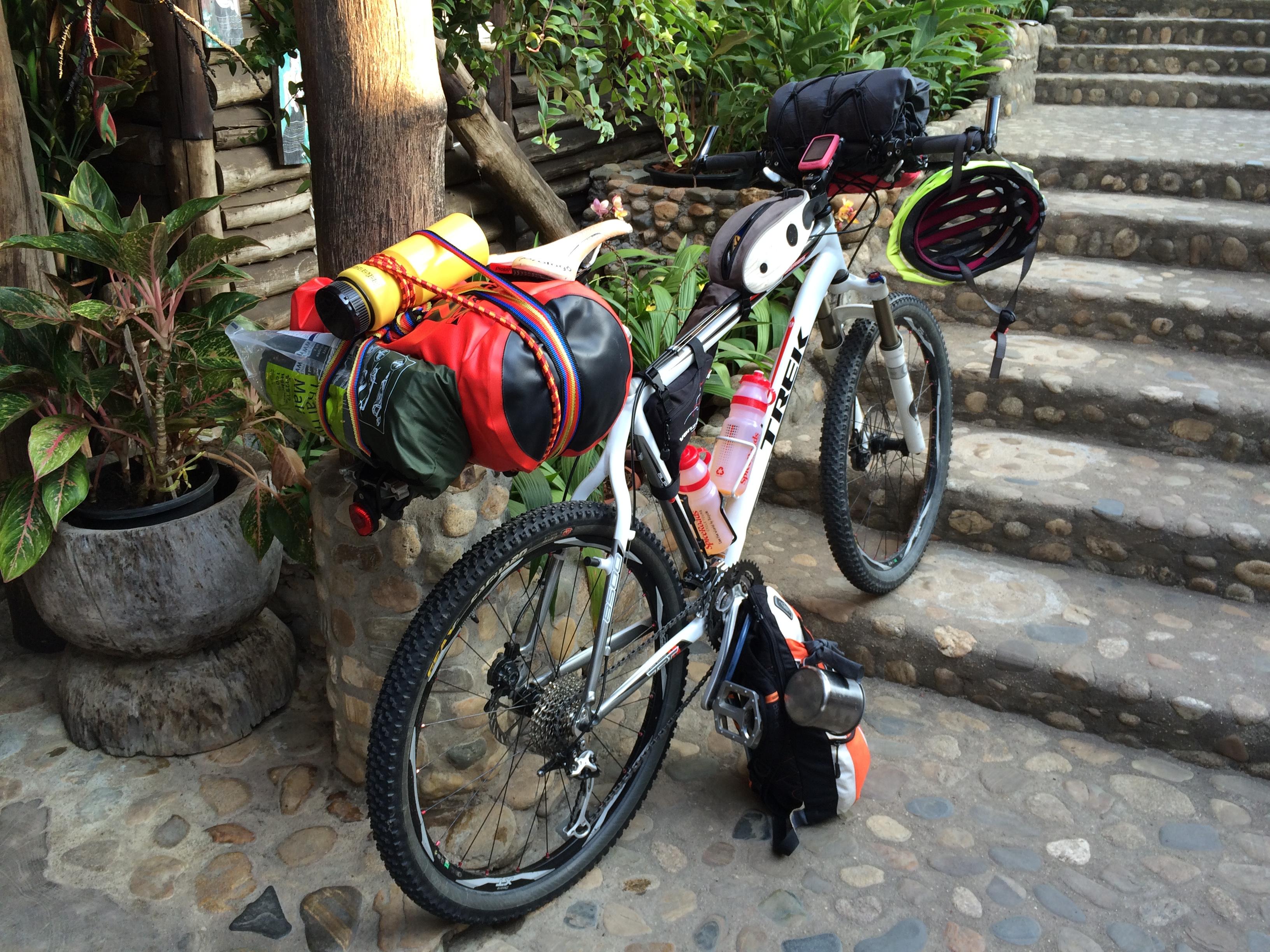 bikepacking net > Dirt Roads / MTB Touring > Martijn's 4-day